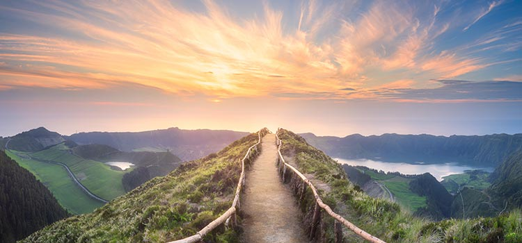 mountain-path-sunset-750x350